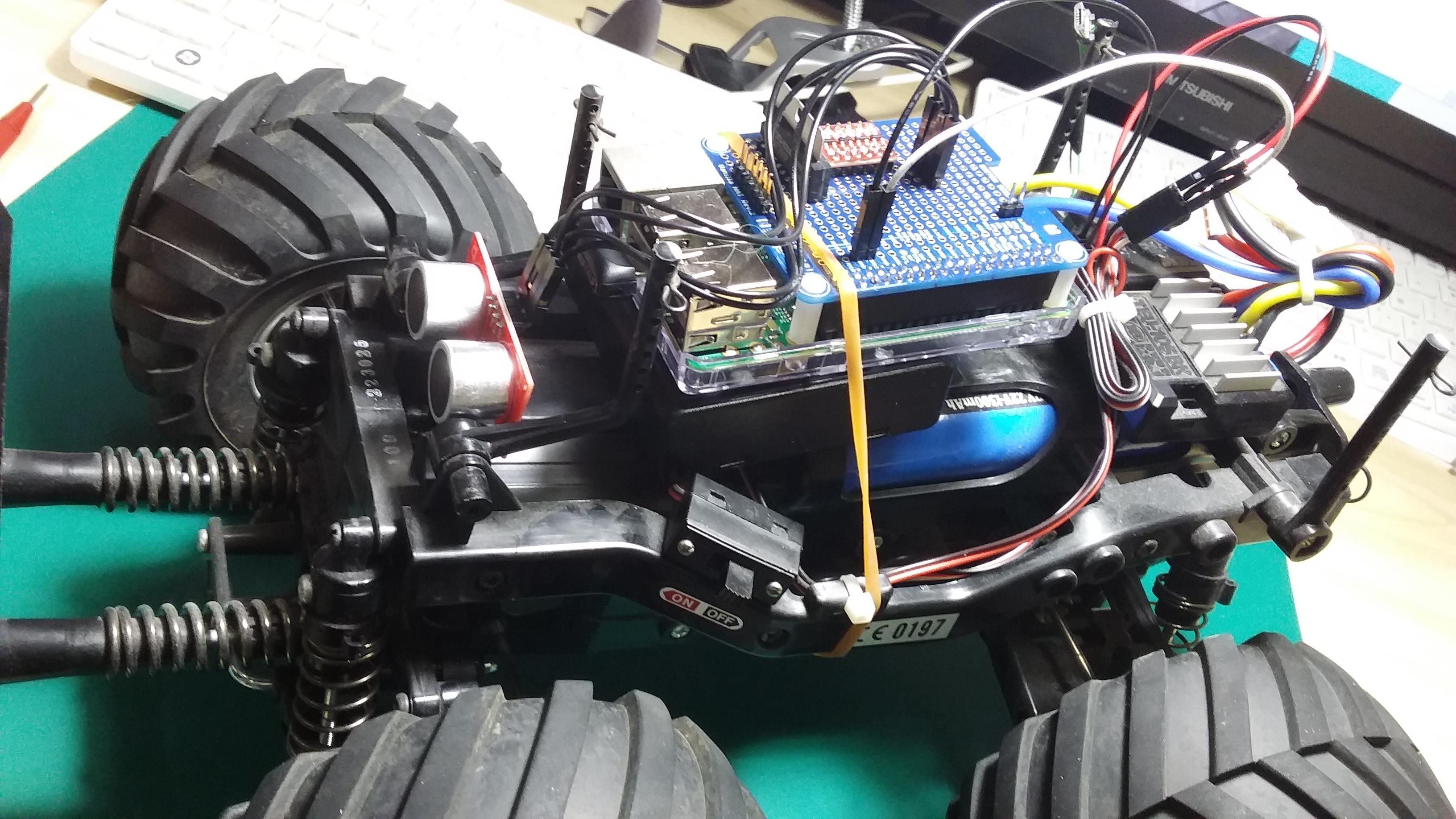 TEU-105BK+HC-SR04.jpg